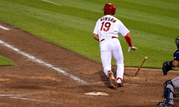 Phillies' Aaron Altherr makes mind-boggling barehanded play